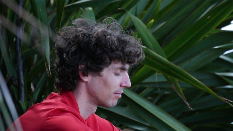 Mathijs van der Beek mediteert