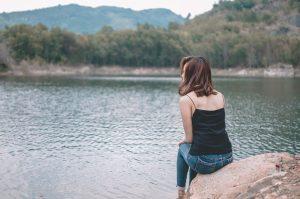 eenzaamheid bij vrouw