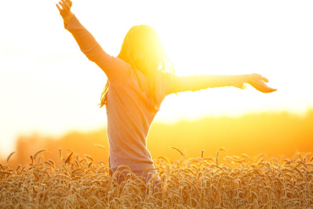 vitamine D door zonlicht bij vrouw