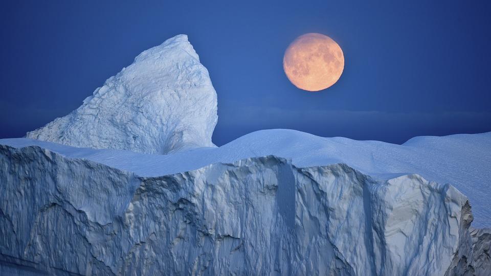 volle maan met ijs