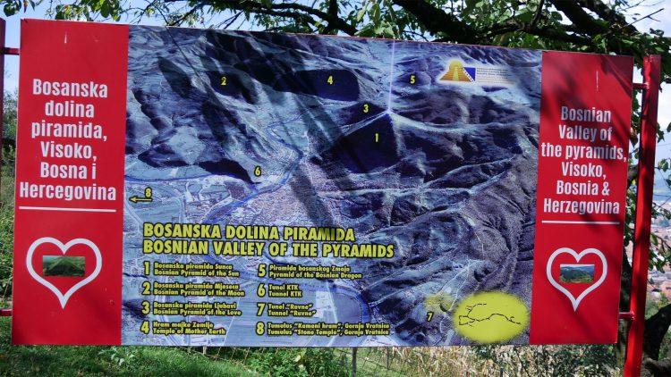 poster met overzicht van de Bosnische Piramides